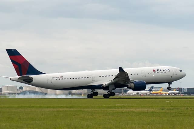Delta to Begin Daily Flights from Boston to Paris this Summer